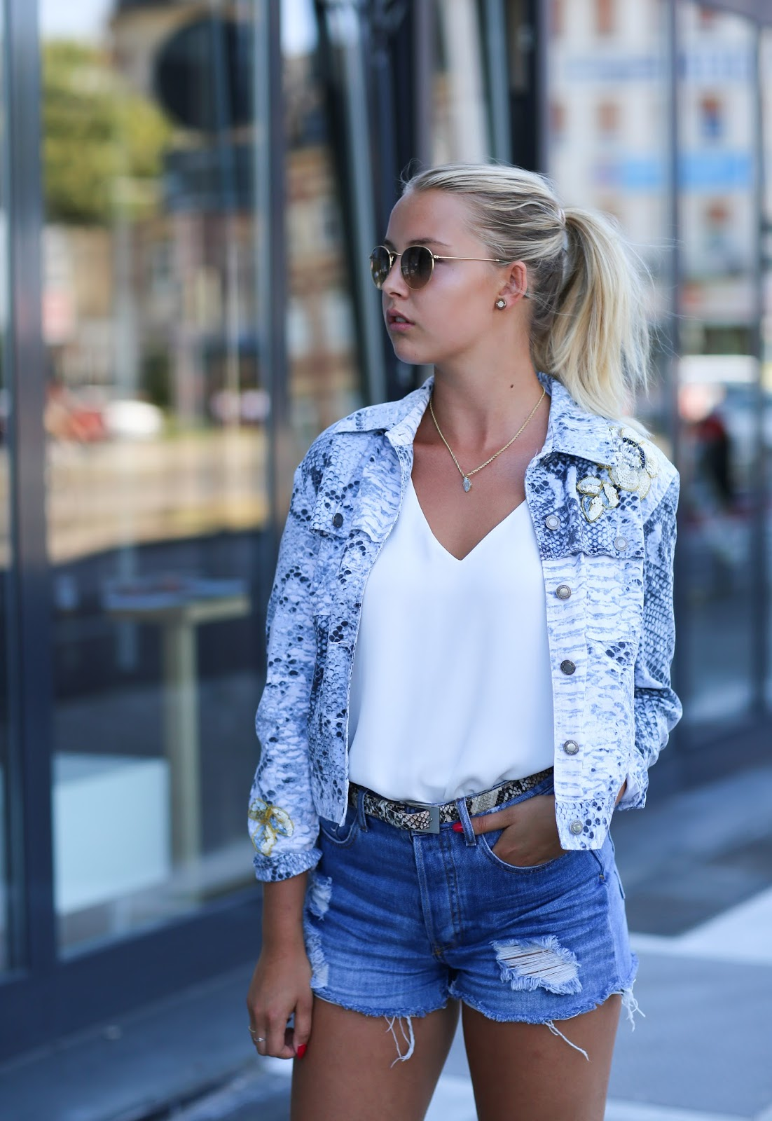 BLUE JEANS – SUMMER IN THE CITY
